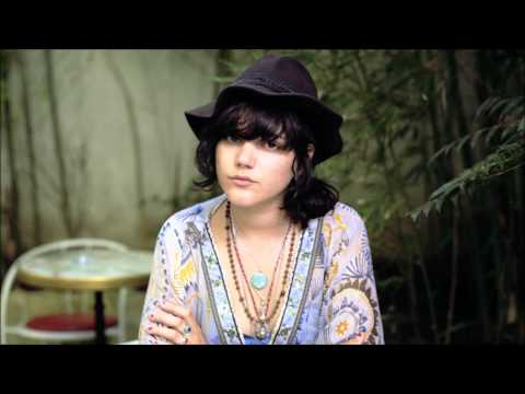 SoKo - Worry For Me