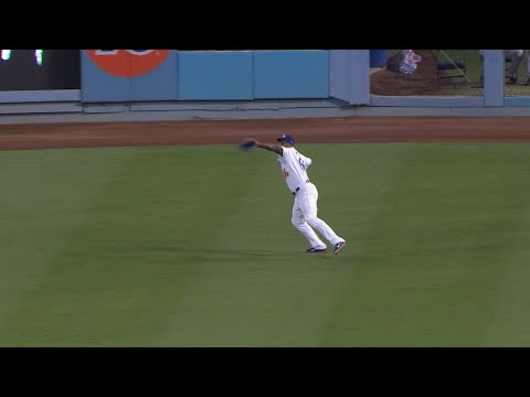 Puig throws out Renfroe at home in the 3rd