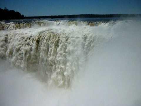 Водопад Глотка Дьявола (Игуасу, Аргентина)