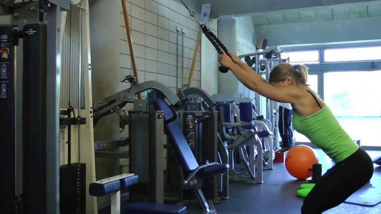 The Alternative Lat Pull Down The Lat Pull Down In Squat