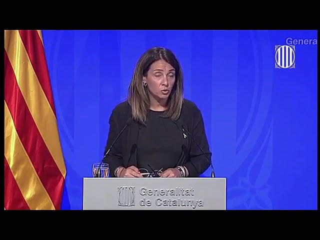 La portavoz de la Generalitat niega responder en castellano a las preguntas de los periodistas
