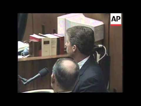 USA: POLICE OFFICER IN OJ SIMPSON TRIAL FACES CHARGES OF PERJURY