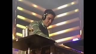 Travis Barker and DJ AM Live at KROQ Weenie Roast 2009 (full set)