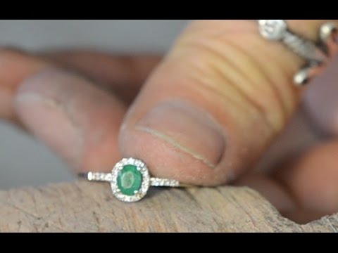 How renew gold ring with emerald and diamond of the client.