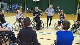 Sport : on a testé le... basket fauteuil !