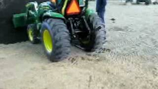 trekker videos showing john deere 3320 compact utility tractor 300cx loader