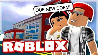 MOVING INTO OUR NEW DORM! - ROBLOX