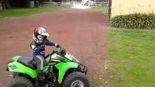 Amazing kids - 2 year old (2yo) on quad bike