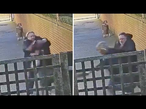 Pregnant woman attacked in Stamford Hill by man on the street | CCTV