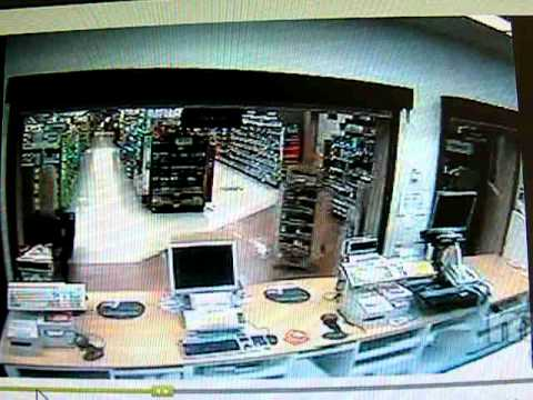 Walgreens Pharmacist Shoots It Out With Robbers