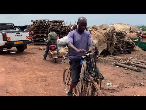 Точильщик ножей в Уганде