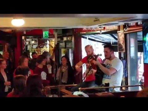Dublin - Temple Bar District - Irish Pub - Live Music - Part 2