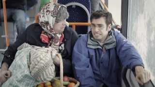 jpp prednost za vse babica gre na bus