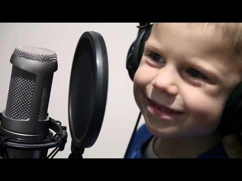 Лео Александр 4  года -Кукутики   4-year old Leo Alexander - singing Kukutiki