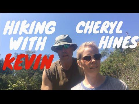 CHERYL HINES' PATRIOTIC BIKINI