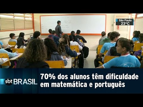 70% dos alunos do ensino médio têm dificuldade em matemática e português | SBT Brasil (30/08/18)