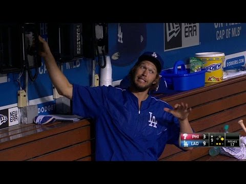 PHI@LAD: Kershaw gets on phone to ask about a review