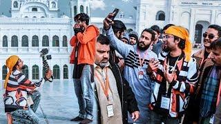 Caught By PAKISTANI🇵🇰 POLICE While VLOGGING In PAKISTAN(Kartarpur) Indian🇮🇳 In Pakistan Vlog 😍