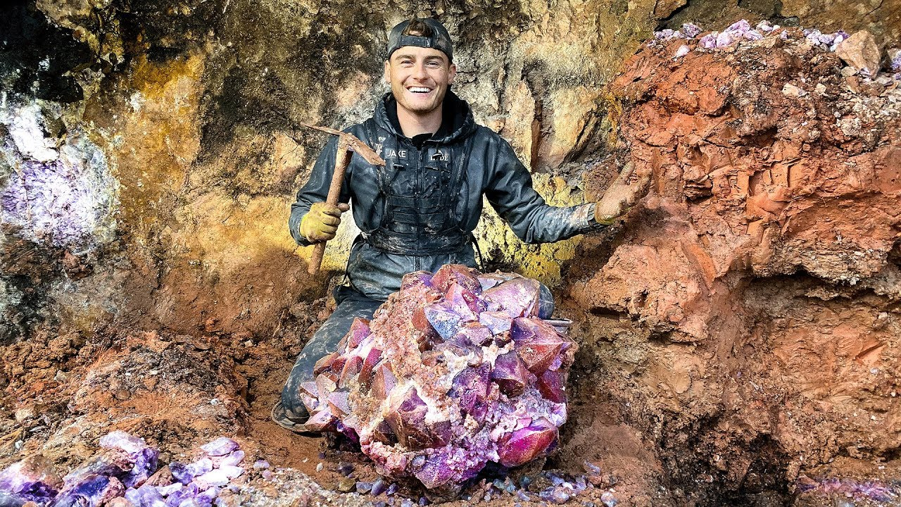 Download Found Rare $50,000 Amethyst Crystal While Digging at a Private Mine! (Unbelievable Find)
