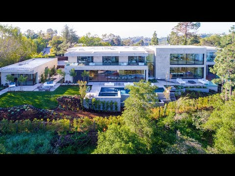 1910 Bel Air Road | Ernie Carswell & Partners