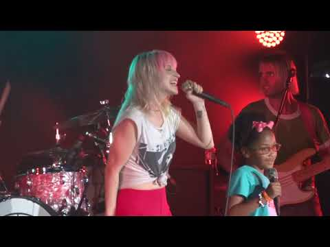 Paramore Aint It Fun Brings Fan On Stage Simpsonville, SC 61418