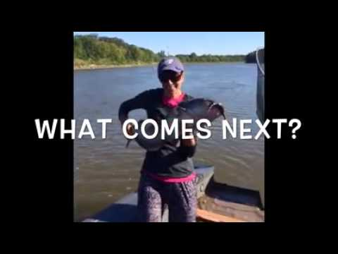 Huge 30lbs Channel Catfish with Lockport Manitoba Catfish Guide Blackwater Cats