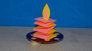 Свеча. Елочная игрушка своими руками. Детские поделки на новый год из бумаги. DIY(Смотрите в этом видео, как сделать простую яркую елочную игрушку своими руками вместе с детьми 5-6-7-8 лет...., 2016-11-27T08:12:30.000Z)