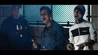 Gambar cover El Golpe Avisa - Regulo Caro ft. Grupo Codiciado (Video Oficial)