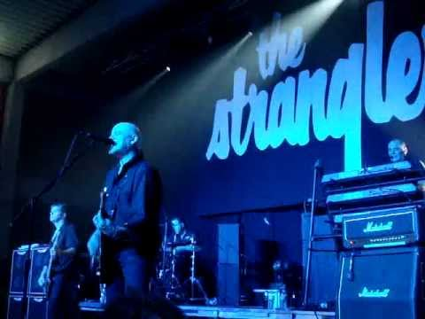 THE STRANGLERS @ LESSINES -31-03-12- TANK