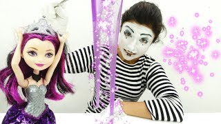A Clown & a Fairy Doll. Funny Videos for Kids