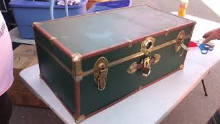 old trunks found in dead mans 20 year old abandoned Storage locker best unbox #40
