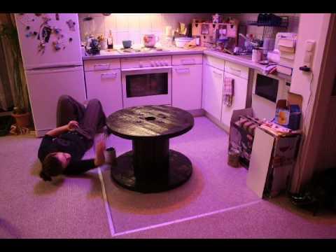 Ein tisch muss her youtube - Tisch kabeltrommel ...
