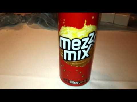 Let's Drink Mezzo mix Cola küsst orange