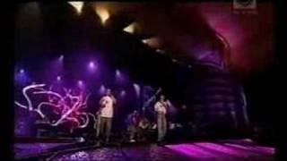 Jeden Osiem L - Jak zapomnieć.TopTrendy 2005(live)