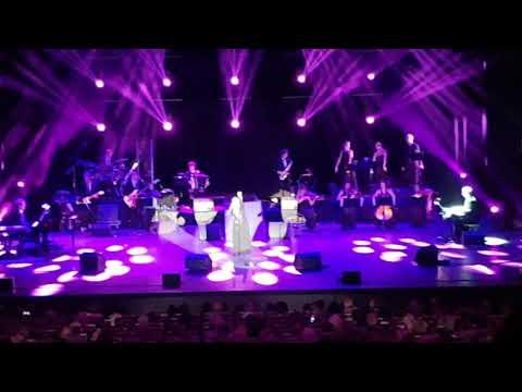 25.10.2017 Koncert Mireille Mathieu-Kongresové centrum Praha