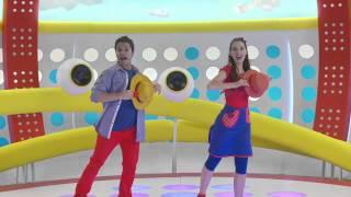 """""""Voy con mi sombrero"""" - Playground - Juli y Juanchi"""