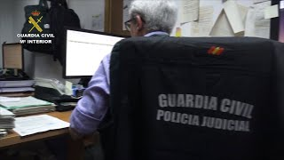 Tres detenidos por estafar casi 100.000 euros en compras por internet
