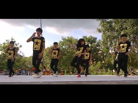Học sinh THPT nhảy hiện đại cực siêu - Chào mừng 20-11