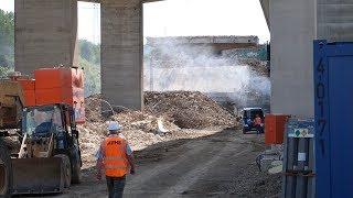 [Cam 2] Abriss Lennetalbrücke A45: Sprengung der Brückenpfeiler an den Bahnschienen