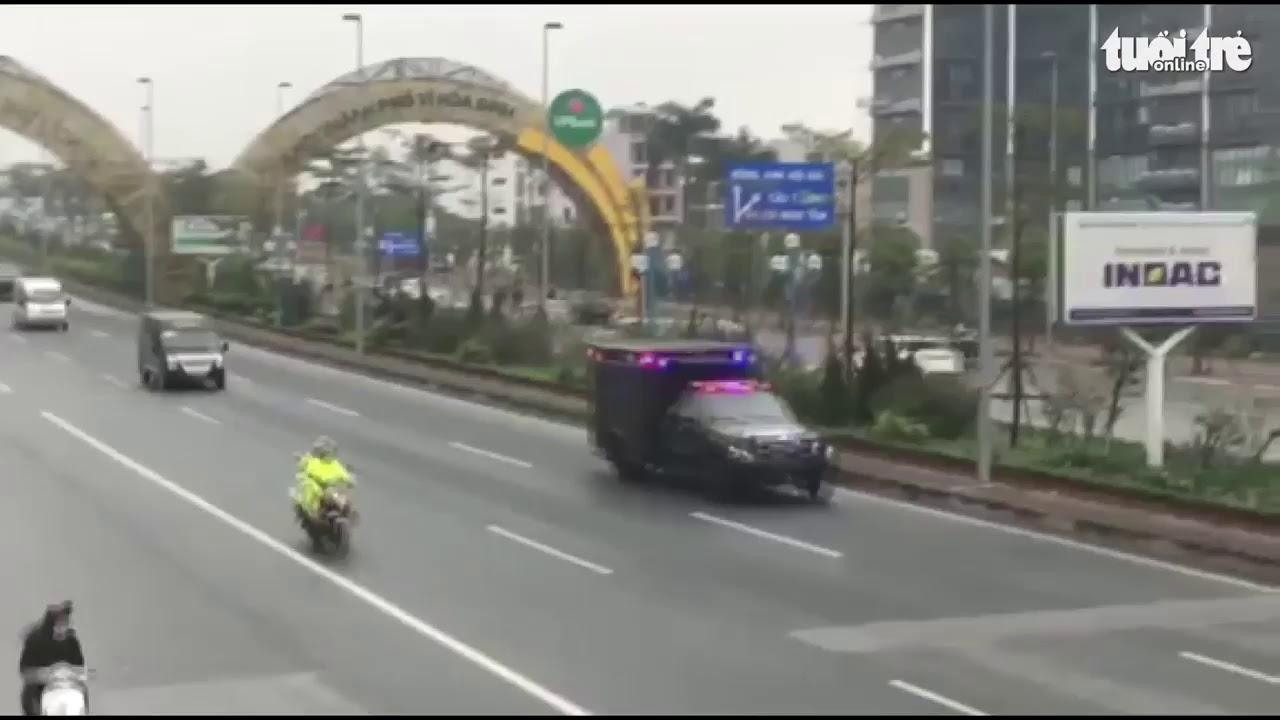 'Quái thú' phục vụ Tổng thống Donald Trump trên đường phố Hà Nội