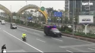 'Quái thú' phục vụ Tổng thống Donald Trump trên đường phố Hà Nội thumbnail