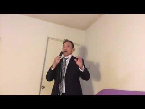 Al Pacino sings karaoke