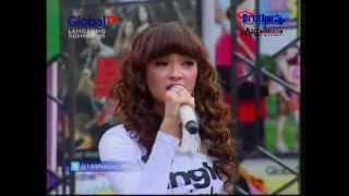 Gambar cover Zaskia (Goyang Itik)  Sudah Cukup Sudah (Video Official)