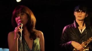 杉山千絵 Chie Sugiyama : Vo. 堂地誠人 Makoto Dochi : Soprano sax 高井ひろみ Hiromi Takai : Key.