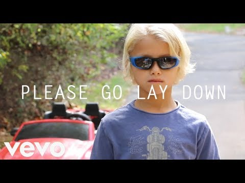 "please-go-lay-down---chainsmokers-""don't-let-me-down""---music-video-parody-spoof"