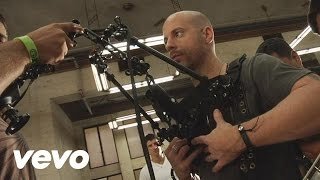 Daughtry - Behind the Scenes of Crawling Back to You