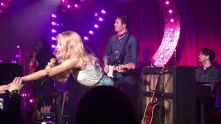 "LIVE! Kylie Minogue ""The One"" at Gorilla Manchester!"