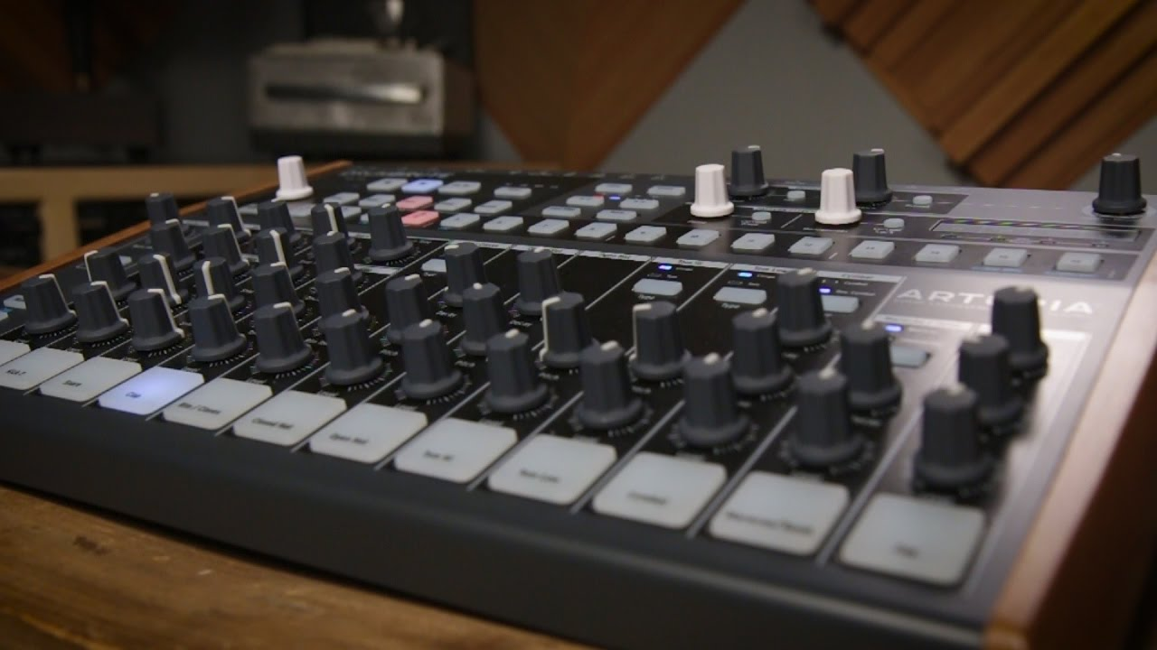 Arturia DrumBrute Analog Drum Machine - YouTube