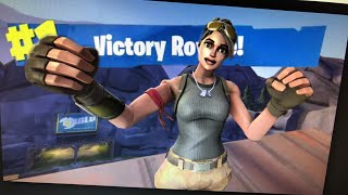 Playing Fortnite Battle Royale New Maki Master Skin