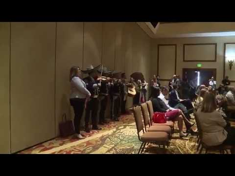 Mariachi band interrupts Cory Gardner